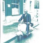 2e  Vespa de Georges Cartage, rue de Ciply