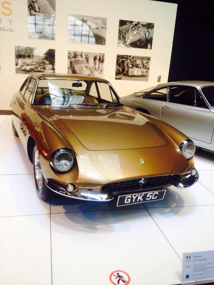 VCMB Autoworld Ferrari.27