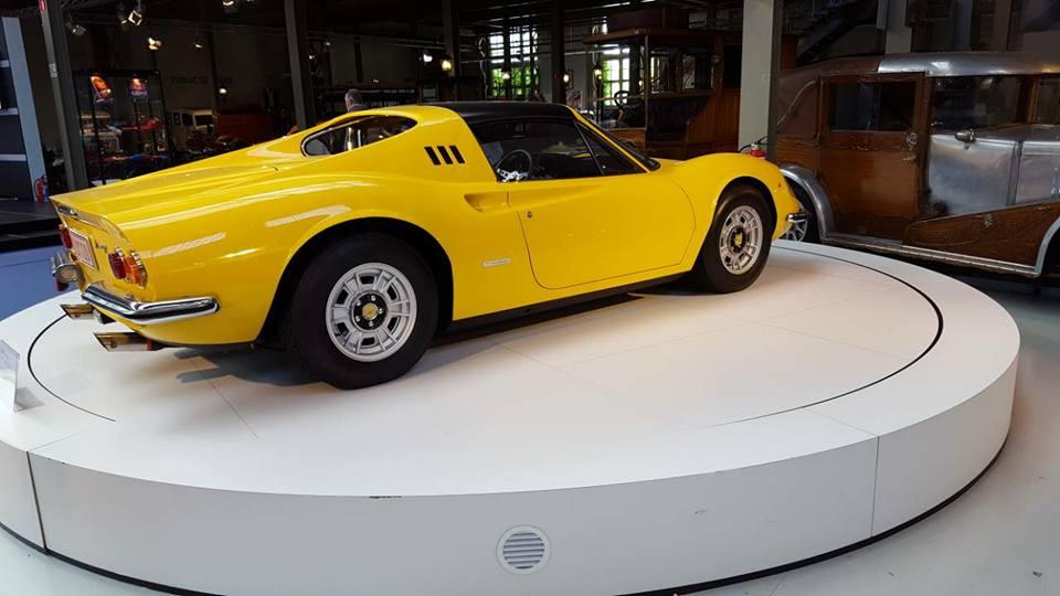VCMB Autoworld Ferrari.39