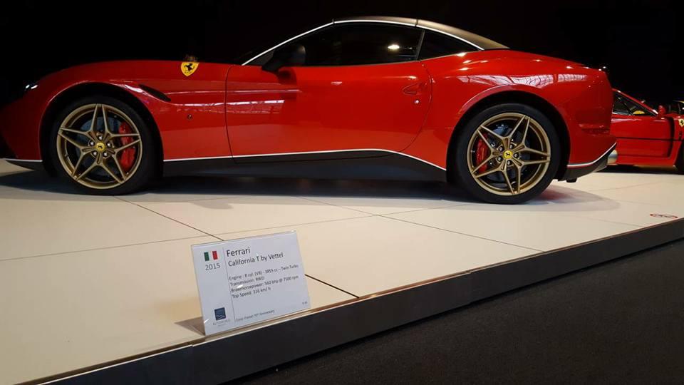 VCMB Autoworld Ferrari.40