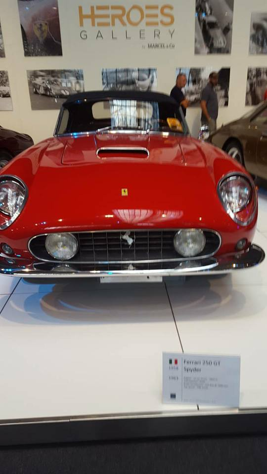 VCMB Autoworld Ferrari.45
